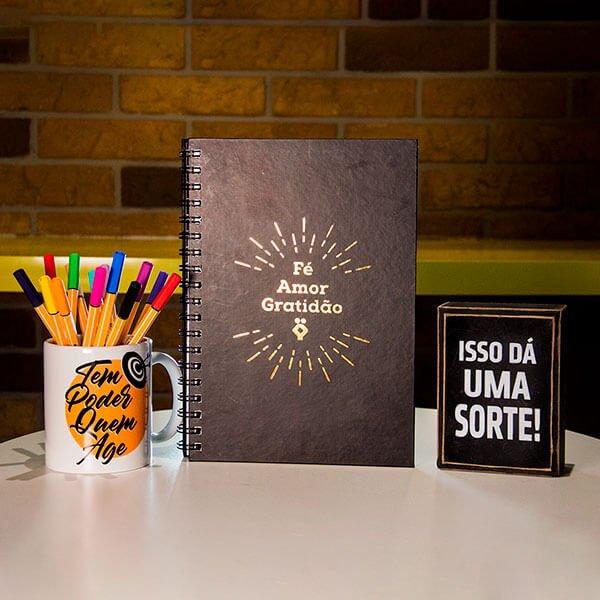 Caderno-de-Capa-Preta-–-Fe-Amor-e-Gratidao