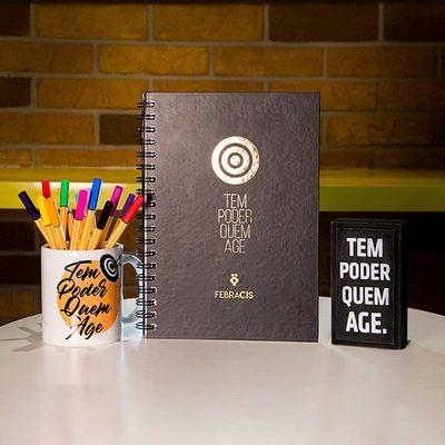 Caderno-de-Capa-Preta-–-Tem-Poder-Quem-Age